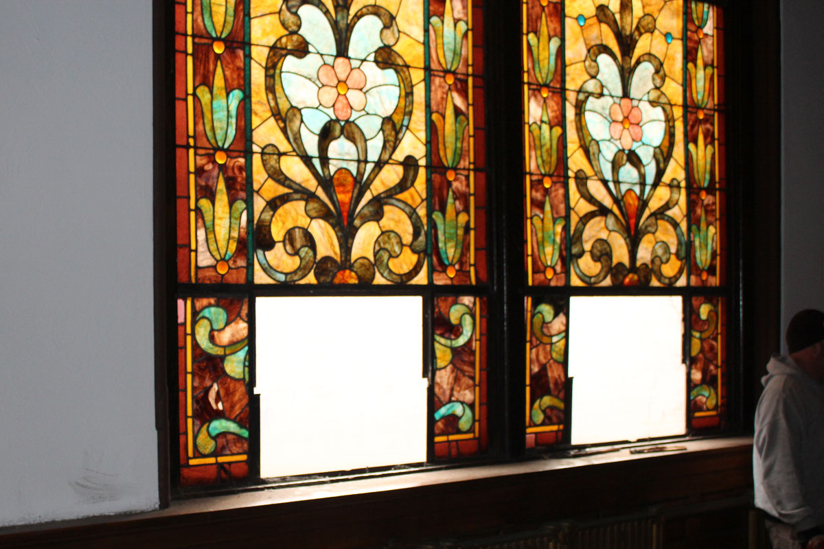 Stained glass windows stolen from historic Braddock church